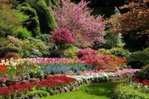 spring-full-sunken-garden-bloom-634x421